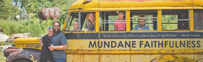 banner-bus